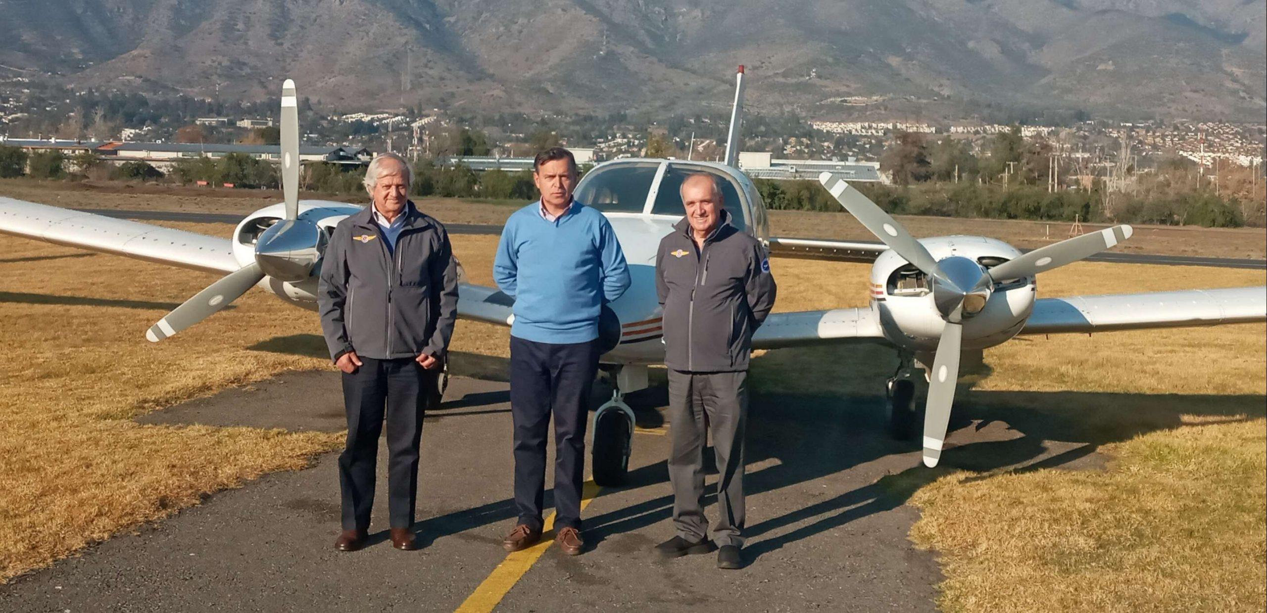 DGAC Certifica a Instructores CAS para Toma de Examen de Obtención de Habilitación de Avión Multimotor